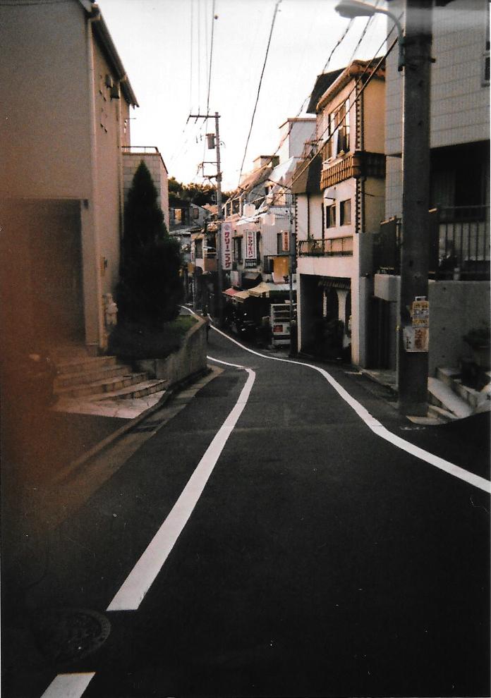 Fingers on the street 2015-09, Tokyo, Shibuya Fujicolor 1600 Hi-speed